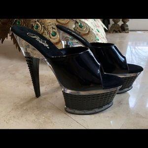 Shoes - Pleaser shoes